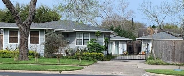 3748 Santa Fe St, Corpus Christi, TX 78411 (MLS #341355) :: Desi Laurel & Associates