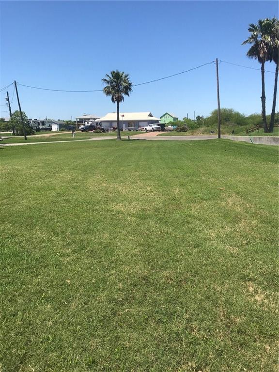 119 Quail Dr, Rockport, TX 78382 (MLS #342405) :: Desi Laurel Real Estate Group