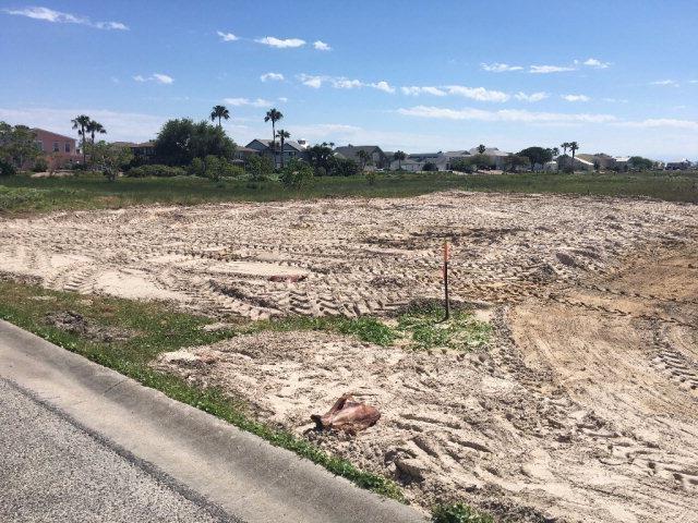 221 Land's End, Rockport, TX 78382 (MLS #347660) :: Desi Laurel Real Estate Group