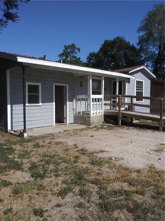 524 College St, Alice, TX 78332 (MLS #347674) :: Jaci-O Group | Corpus Christi Realty Group