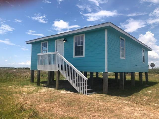 801 W Twelfth St, Rockport, TX 78382 (MLS #348710) :: Desi Laurel Real Estate Group