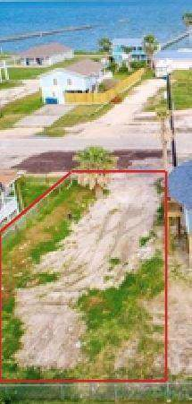 1515 S Magnolia St, Rockport, TX 78382 (MLS #349929) :: Desi Laurel Real Estate Group