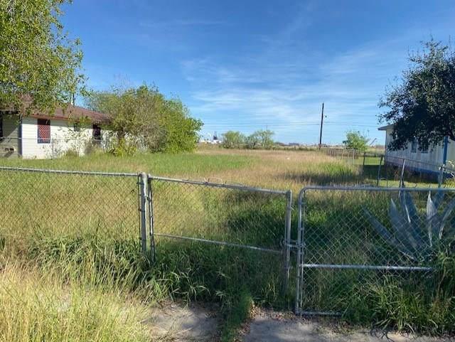 1434 Main Dr, Corpus Christi, TX 78409 (MLS #353626) :: Desi Laurel Real Estate Group