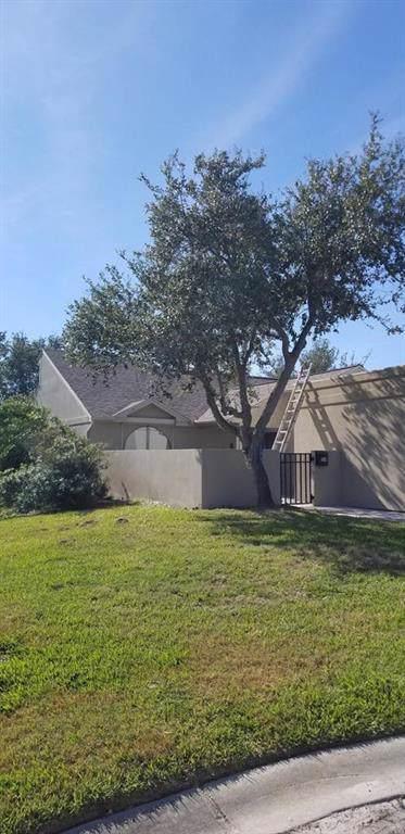 104 Sedona Ct, Rockport, TX 78382 (MLS #353690) :: Desi Laurel Real Estate Group