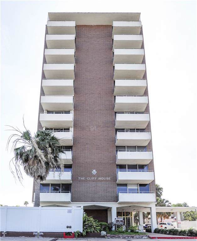 715 S Upper Broadway Street, Corpus Christi, TX 78401 (MLS #354789) :: Desi Laurel Real Estate Group