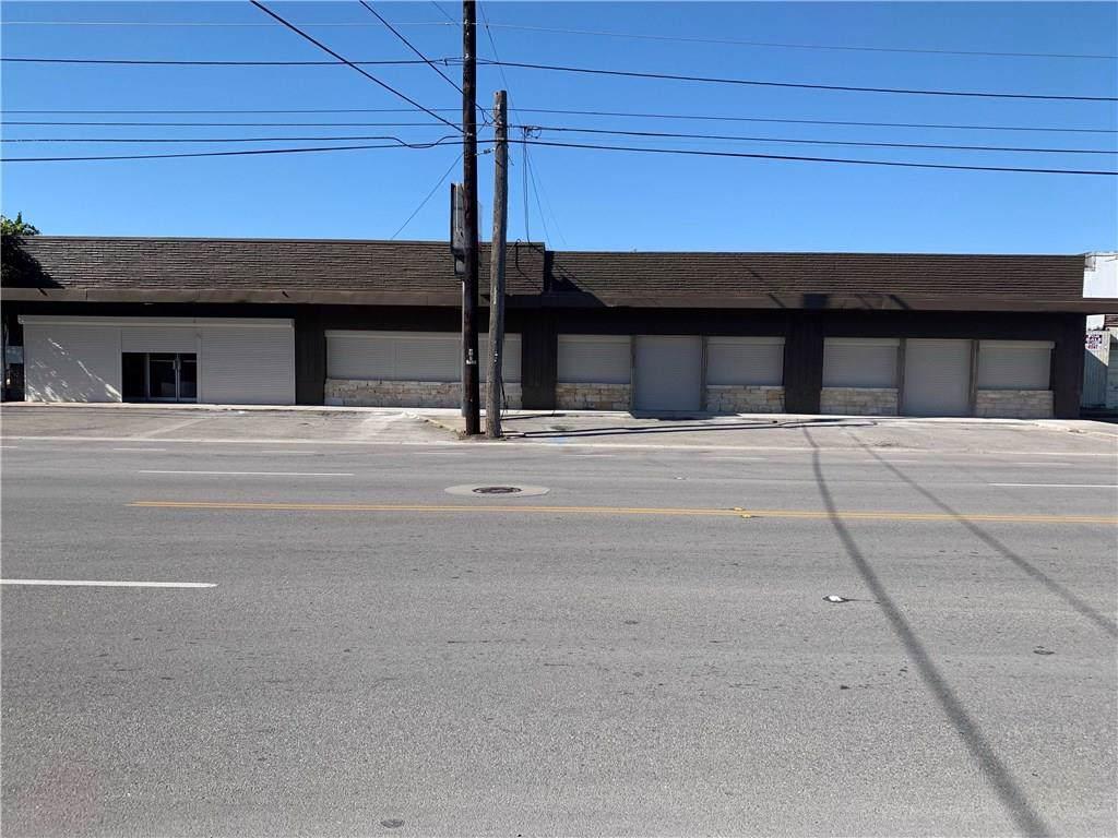 821 Staples Street - Photo 1