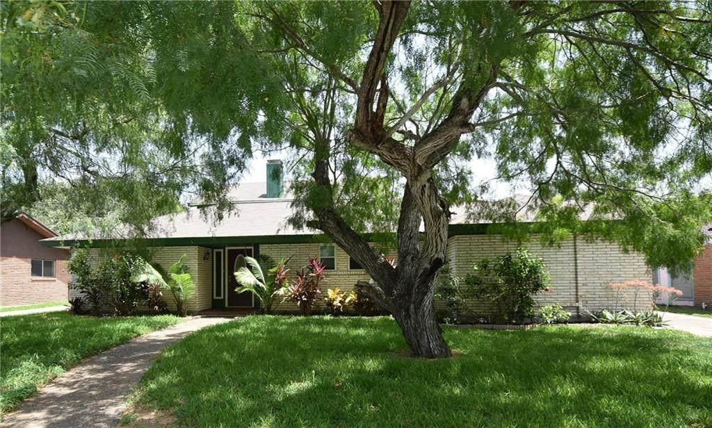 209 Llano Drive - Photo 1