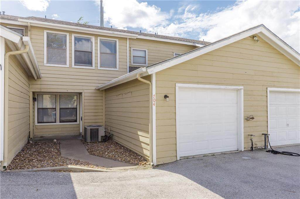4401 River Valley Drive - Photo 1