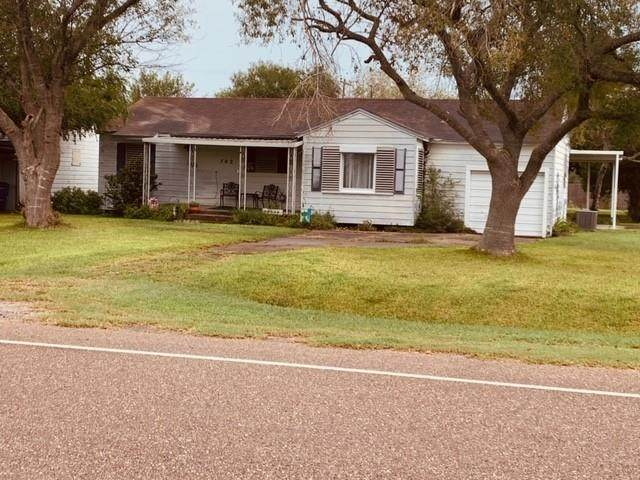 702 E 4th Street, Bishop, TX 78343 (MLS #370850) :: RE/MAX Elite Corpus Christi