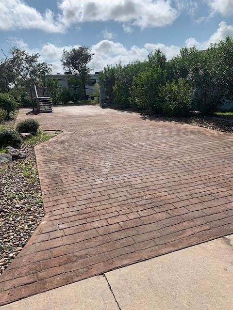 96 Augusta Circle, Aransas Pass, TX 78335 (MLS #371256) :: South Coast Real Estate, LLC