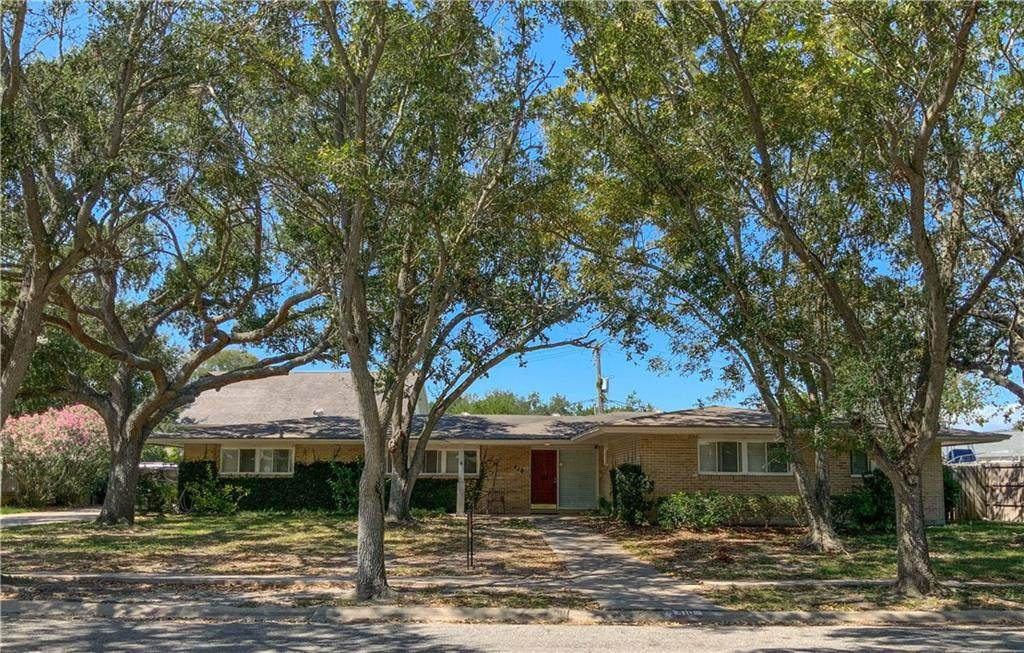 410 Coral Place - Photo 1