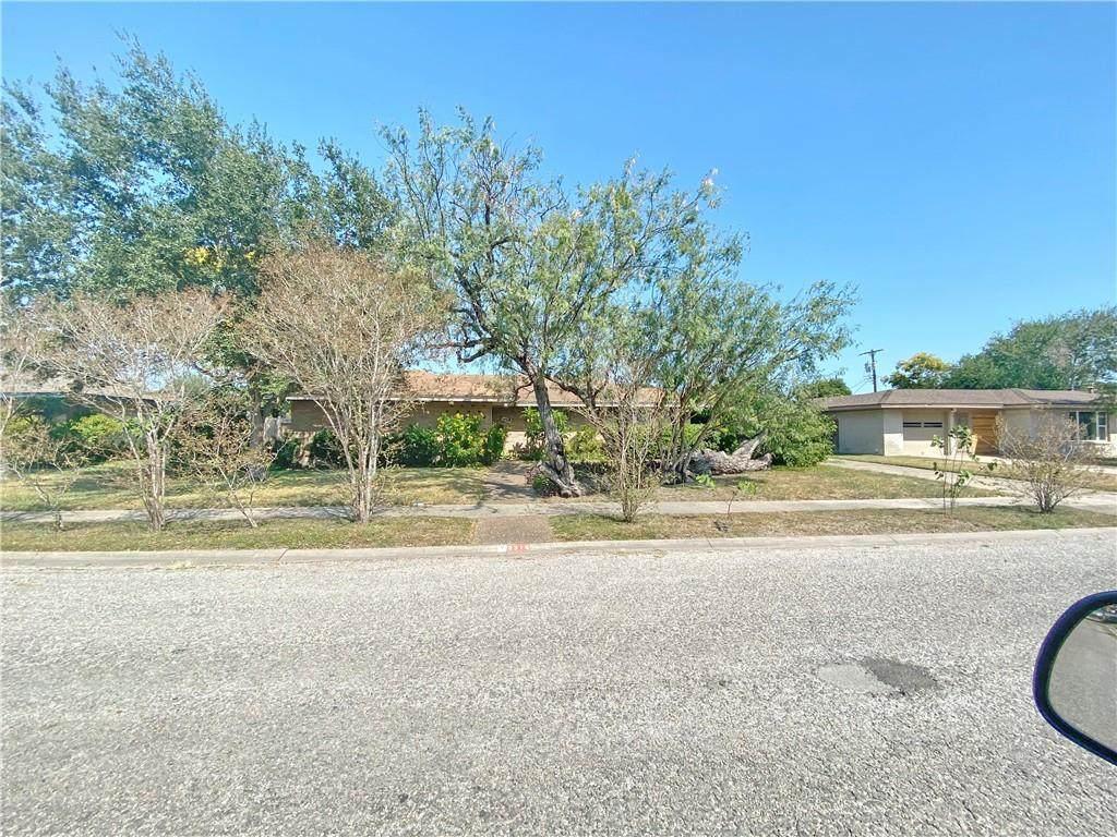 3318 Casa Blanca Drive - Photo 1