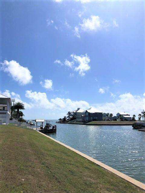 1029 North Isle Drive, Rockport, TX 78382 (MLS #372146) :: KM Premier Real Estate