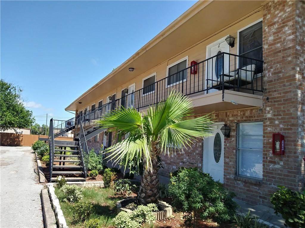 1004 Austin Unit #9 Street - Photo 1