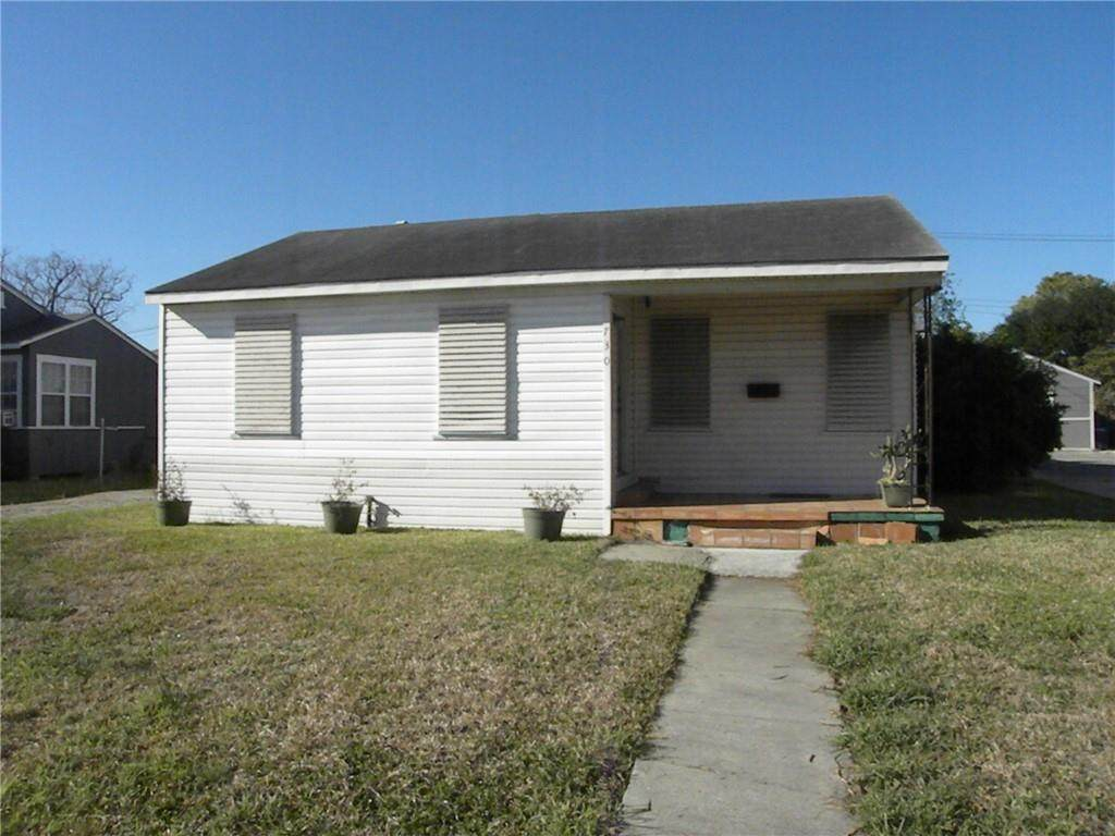 730 Texas Avenue - Photo 1