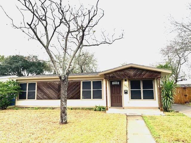 1009 Clare Drive, Corpus Christi, TX 78412 (MLS #376746) :: KM Premier Real Estate