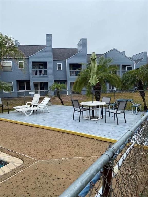 209 Forest Hills #116, Rockport, TX 78382 (MLS #377057) :: RE/MAX Elite Corpus Christi