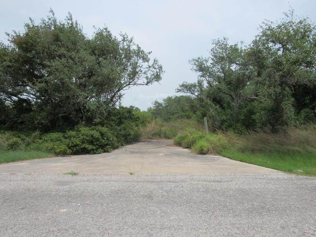 131 Sanctuary Drive - Photo 1