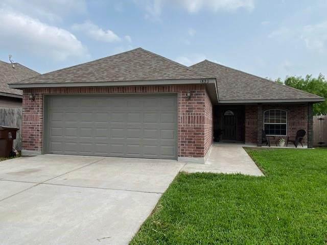 1823 The Park Drive, Kingsville, TX 78363 (MLS #381181) :: South Coast Real Estate, LLC