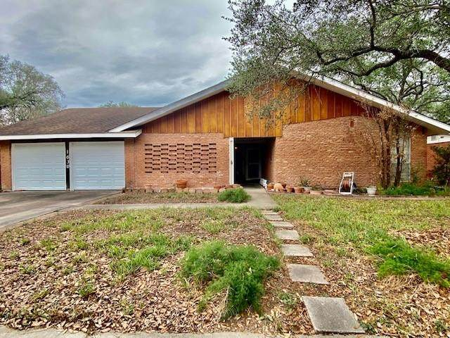 1630 Santa Maria Street, Kingsville, TX 78363 (MLS #381335) :: KM Premier Real Estate