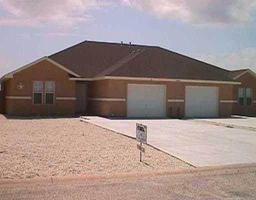 15409 Palmira Avenue, Corpus Christi, TX 78418 (MLS #382024) :: KM Premier Real Estate