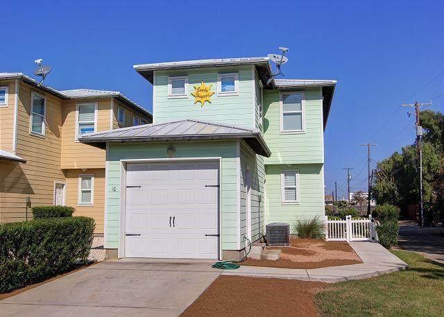 301 Avenue C E #10, Port Aransas, TX 78373 (MLS #384773) :: RE/MAX Elite Corpus Christi