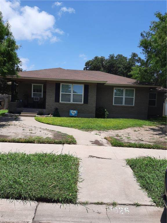 1026 Catalina, Corpus Christi, TX 78411 (MLS #385086) :: RE/MAX Elite | The KB Team