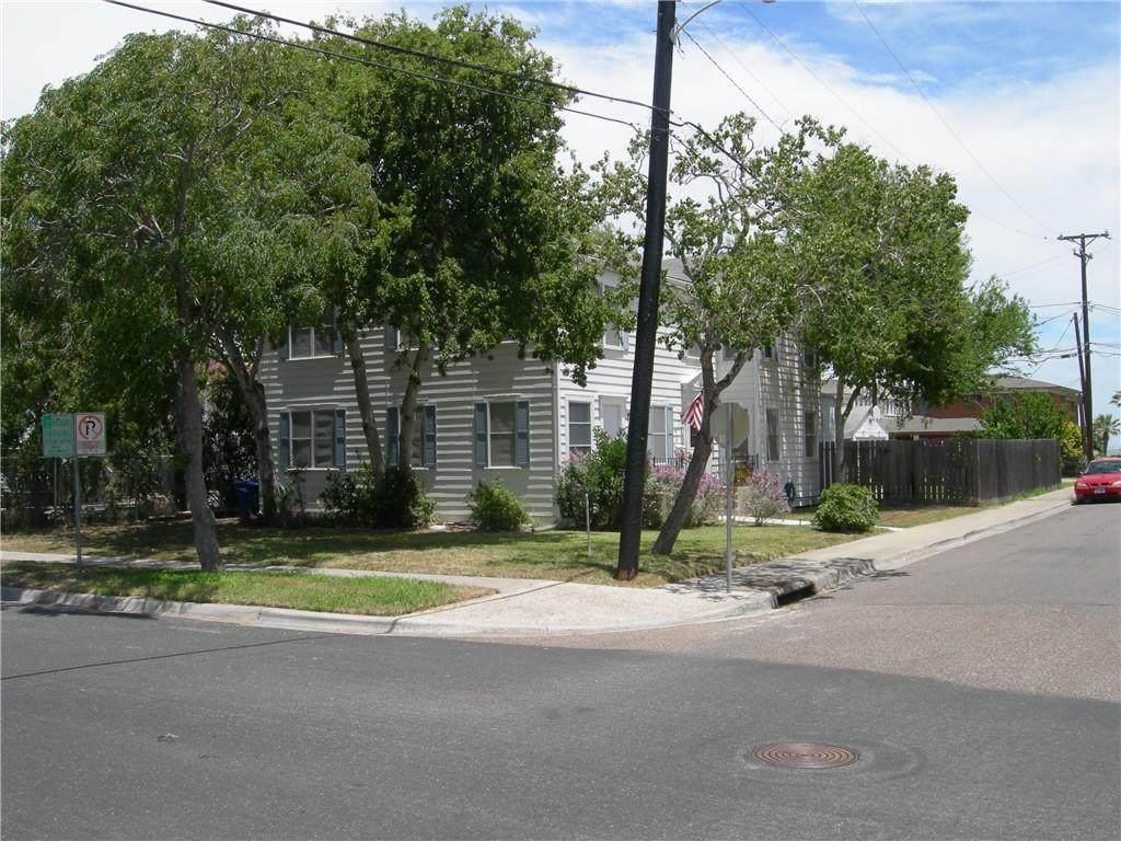 118 Cole Street - Photo 1
