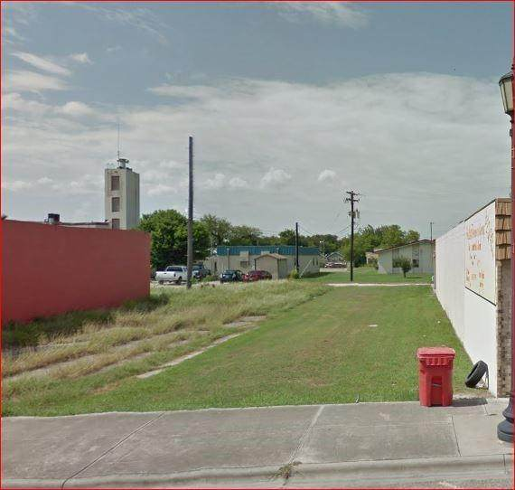 Robstown, TX 78380 :: KM Premier Real Estate