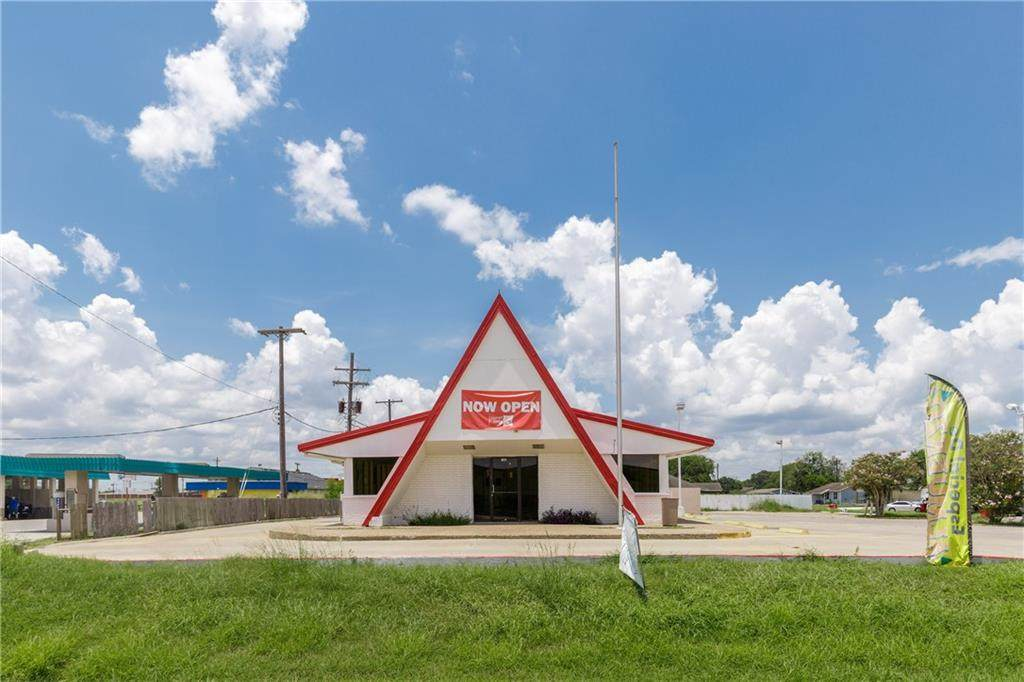 105 Highway 77 - Photo 1
