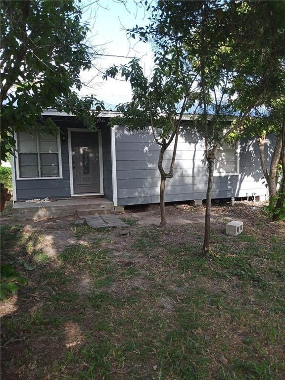 805 Avenue B, Sinton, TX 78387 (MLS #387729) :: KM Premier Real Estate