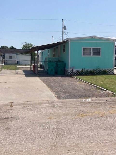 107 Freeman Street, Aransas Pass, TX 78336 (MLS #388170) :: KM Premier Real Estate