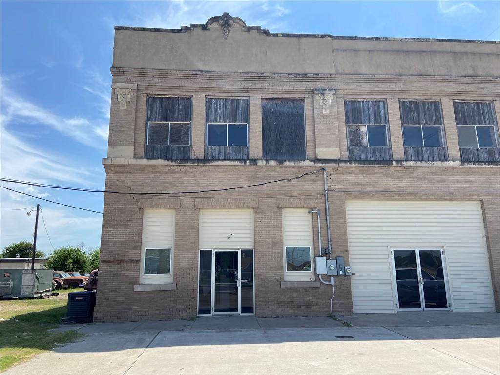 114 Ave. C (Commercial Rental) - Photo 1