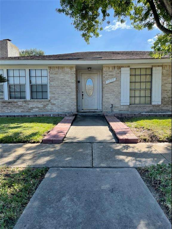 2937 Water Lily Drive - Photo 1