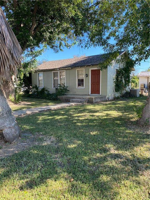 215 W Vance, Refugio, TX 78377 (MLS #389190) :: KM Premier Real Estate