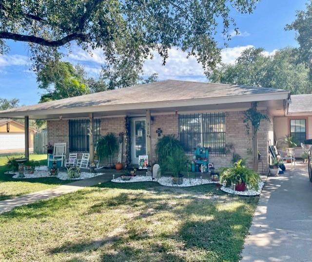 910 Lincoln, Alice, TX 78332 (MLS #389583) :: KM Premier Real Estate
