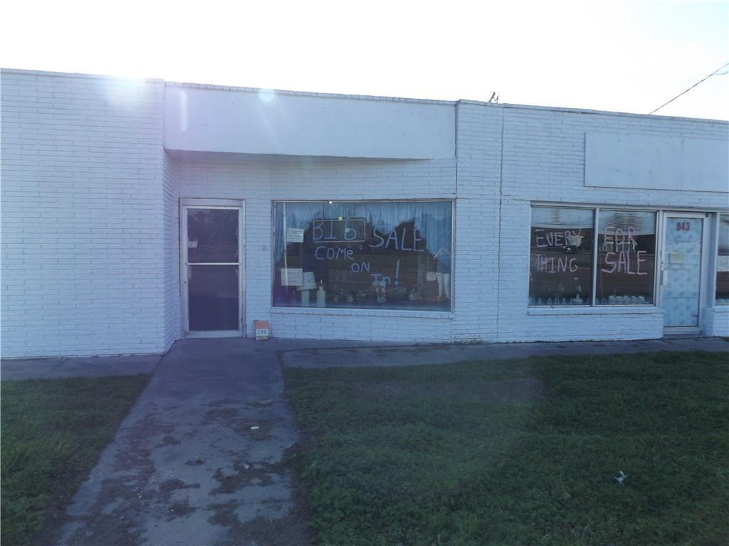 843 Commercial Street - Photo 1