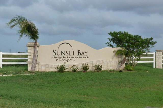 106 Sunrise Dr, Rockport, TX 78382 (MLS #350020) :: Desi Laurel Real Estate Group
