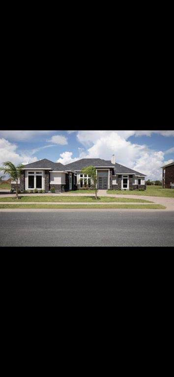 6406 Legacy, Corpus Christi, TX 78414 (MLS #350915) :: Desi Laurel Real Estate Group