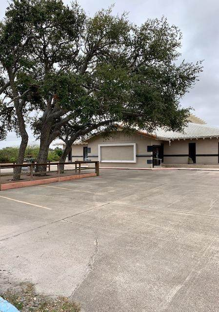 4061 Hwy 35 N, Fulton, TX 78382 (MLS #367516) :: South Coast Real Estate, LLC