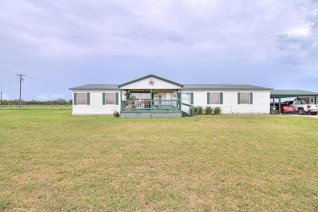 113 County Road 3101 - Photo 1