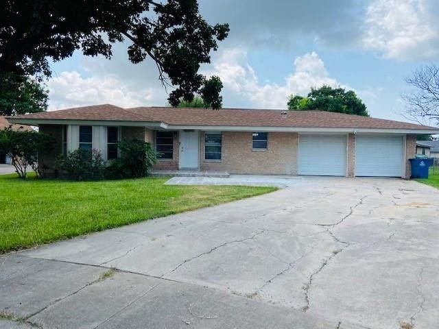201 Santa Monica Street, Portland, TX 78374 (MLS #386189) :: KM Premier Real Estate