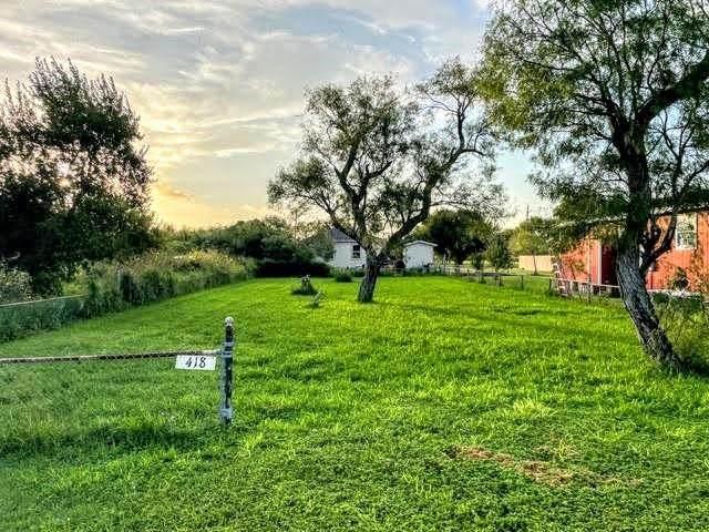418 Fourth Street, Bayside, TX 78340 (MLS #389538) :: KM Premier Real Estate