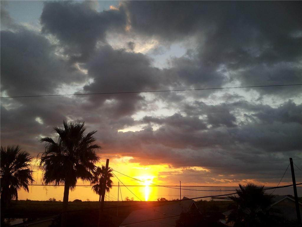 https://bt-photos.global.ssl.fastly.net/corpuschristi/orig_boomver_4_381808-2.jpg