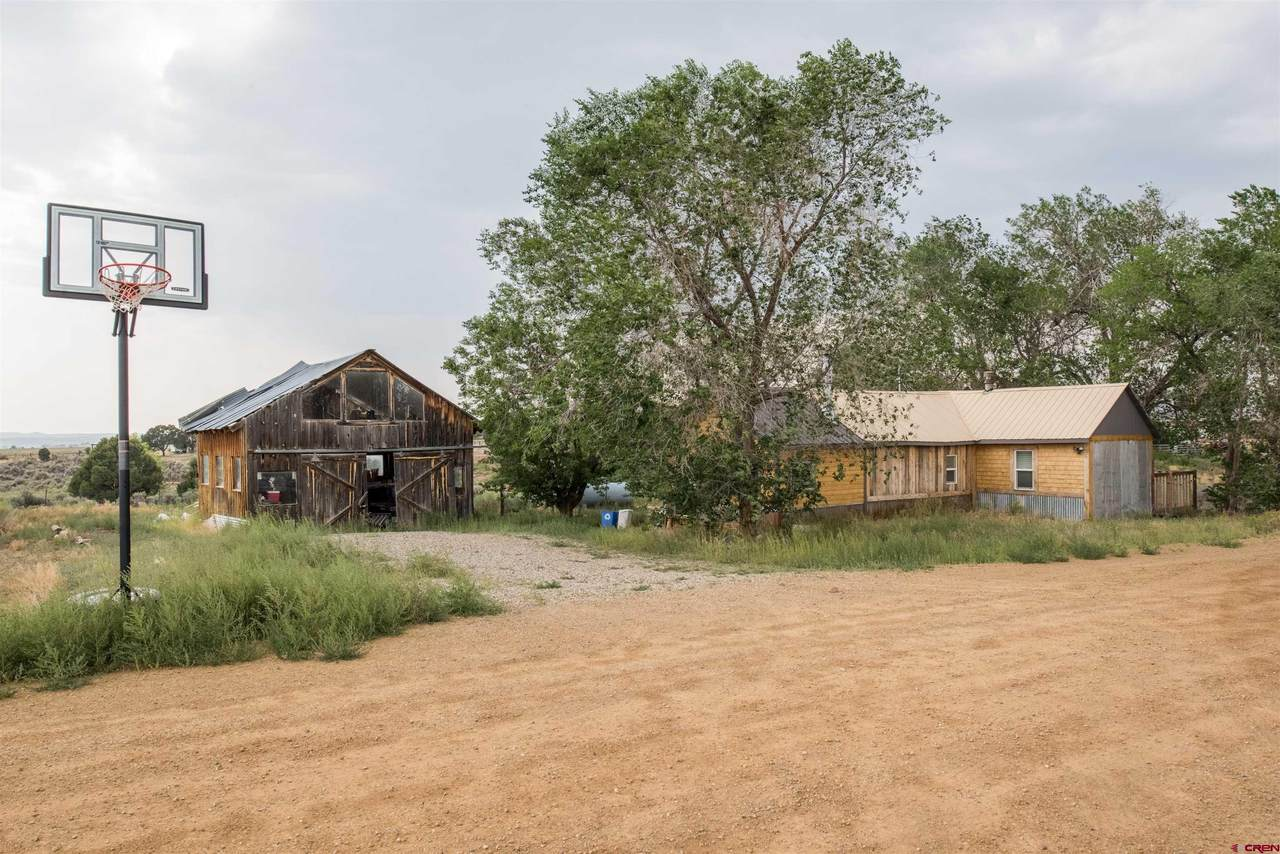 63 County Road 133D - Photo 1