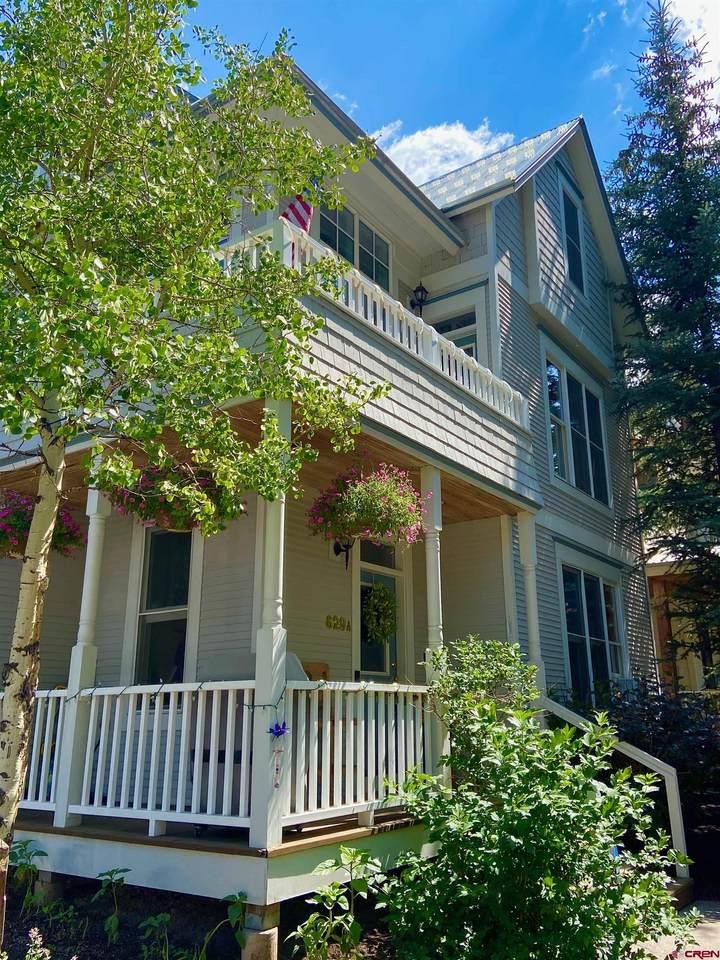 629 Colorado Avenue - Photo 1