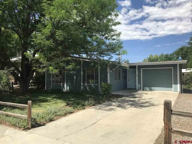 106 Akard Avenue, Montrose, CO 81401 (MLS #772156) :: The Dawn Howe Group   Keller Williams Colorado West Realty