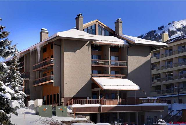 11 Emmons Road #328, Mt. Crested Butte, CO 81225 (MLS #776302) :: The Dawn Howe Group | Keller Williams Colorado West Realty