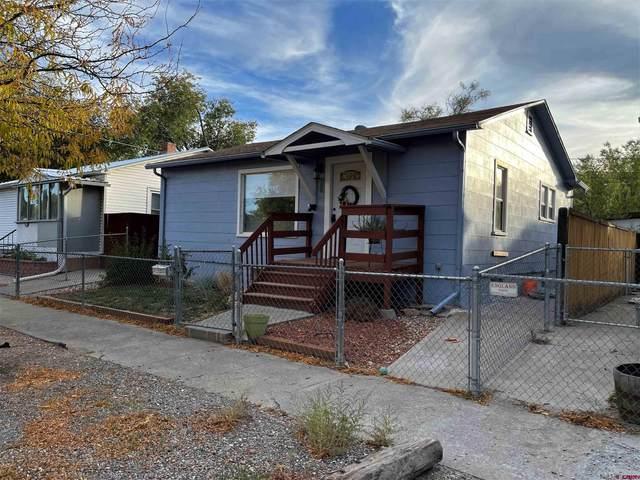 704 S Uncompahgre Avenue, Montrose, CO 81401 (MLS #788042) :: The Howe Group   Keller Williams Colorado West Realty