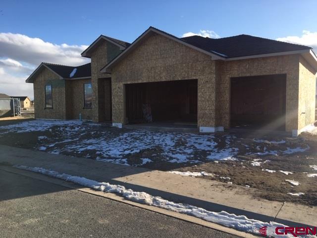 2724 Sleeping Bear Drive, Montrose, CO 81401 (MLS #754078) :: Durango Home Sales